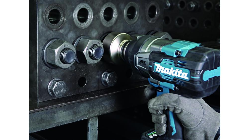 Makita impresses with new 40V brushless impact wrench image